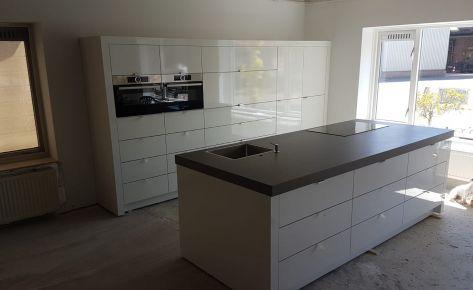 Op maat gemaakte keuken (hoogglans wit)