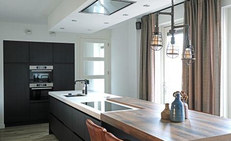 Keuken op maat gemaakt en geïnstalleerd